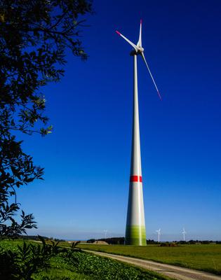 Windkraftanlage, © Rainer Sturm, www.pixelio.de