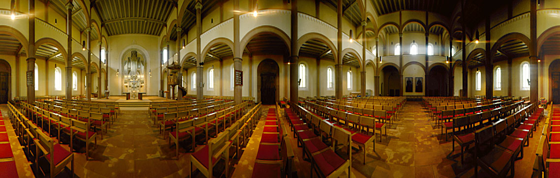Panorama-Aufnahme aus dem Innenraum der Schiltacher Kirche