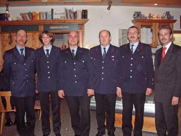 Die beförderten Feuerwehrleute
