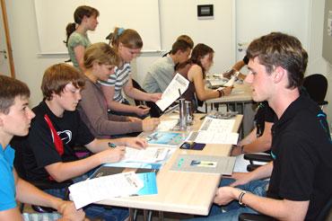 Schüler bei Hansgrohe