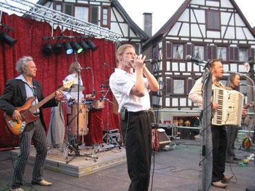 Die Blues- und Polkaband HISS auf dem Schiltacher Marktplatz