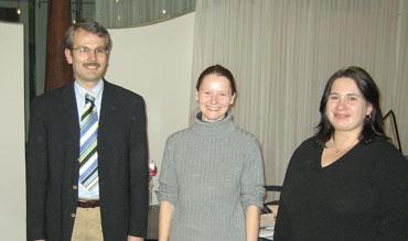 v.l.n.r.: Bürgermeister Thomas Haas, Melanie Stange und Gabi Herrmann-Biegert