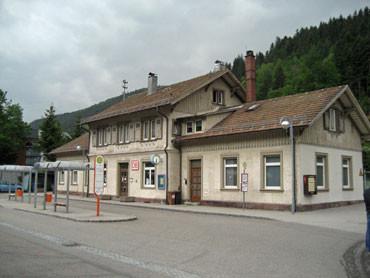 Der Schiltacher Bahnhof