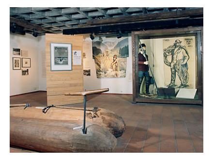 Ausstellungsraum in der Schüttesäge